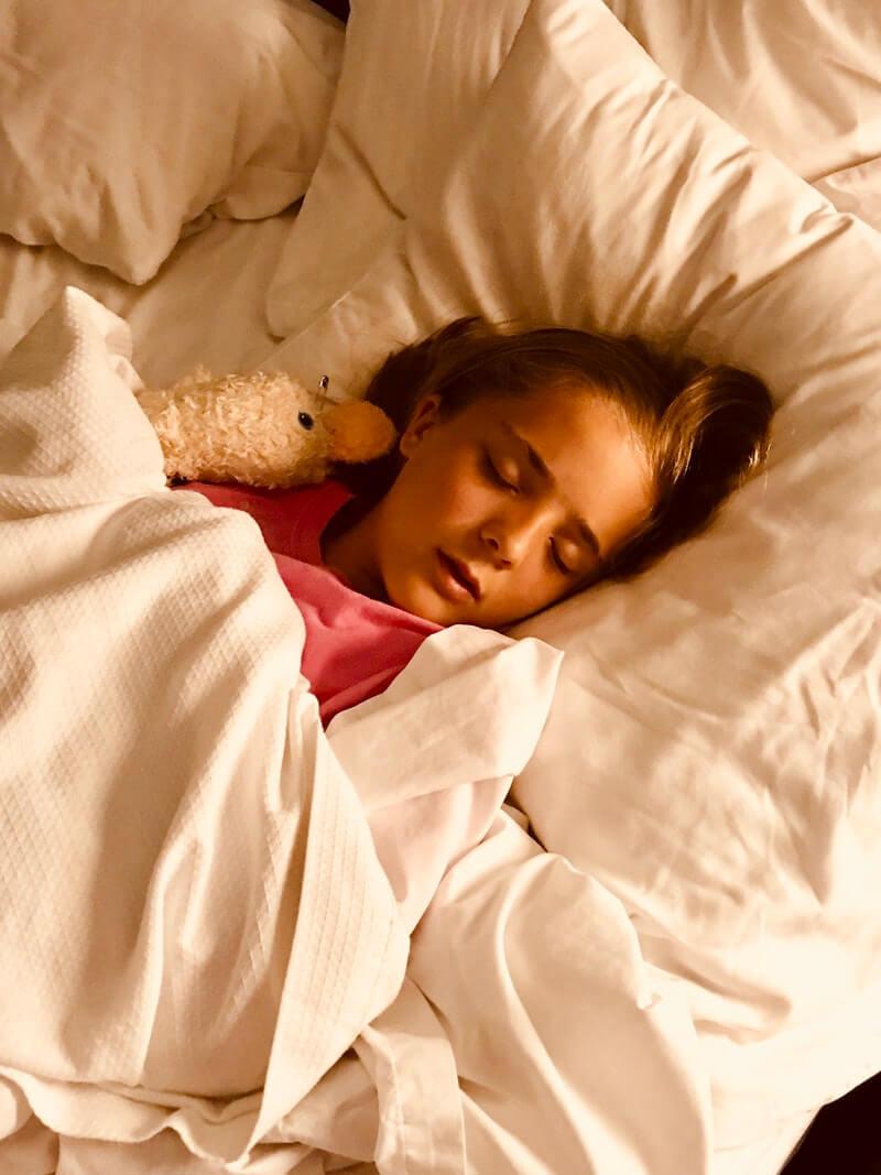 mit barn kan ikke sove får hjælp med kst