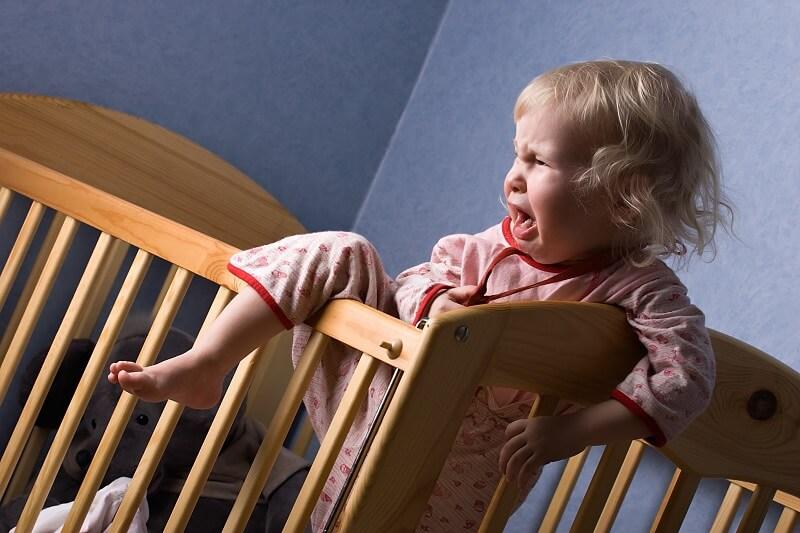 barn vågner og hjælpes til at sove med kranio-sakral terapi